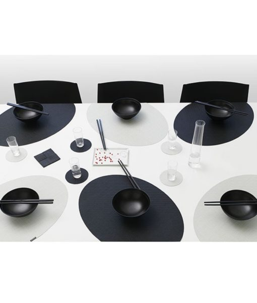 chilewich-on-edge-black-placemats